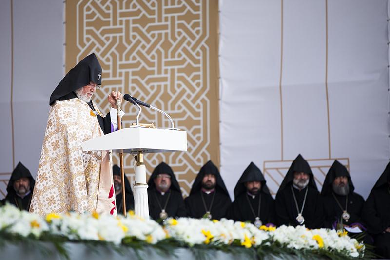 Papst250516_JH2