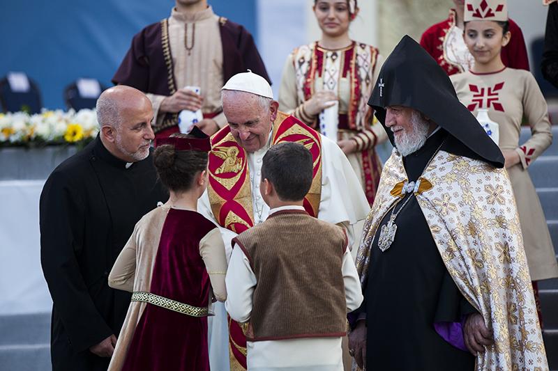 Papst250516_NH2