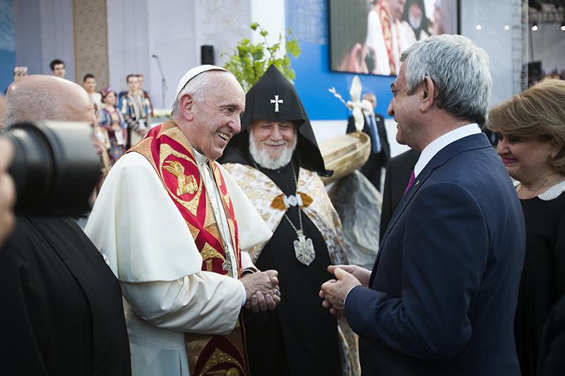 Papst250516_PH2
