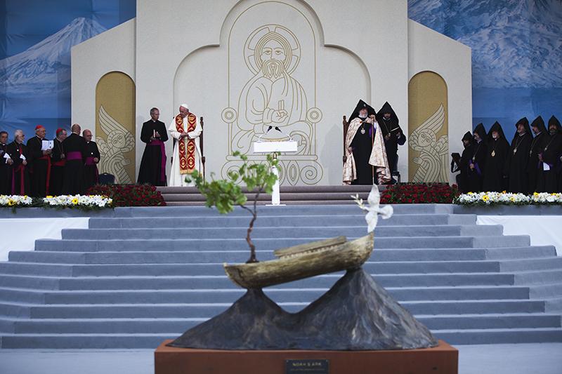 Papst250516_QH2